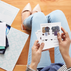 Stitch Fix Style Cards are the equivalent of a Cracker Jack prize in every Fix. They're little, inspirational freebies that tell you how to wear & pair every piece.
